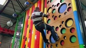 Clip'N Climb
