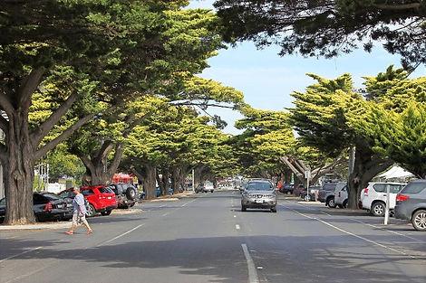 Cowes main street