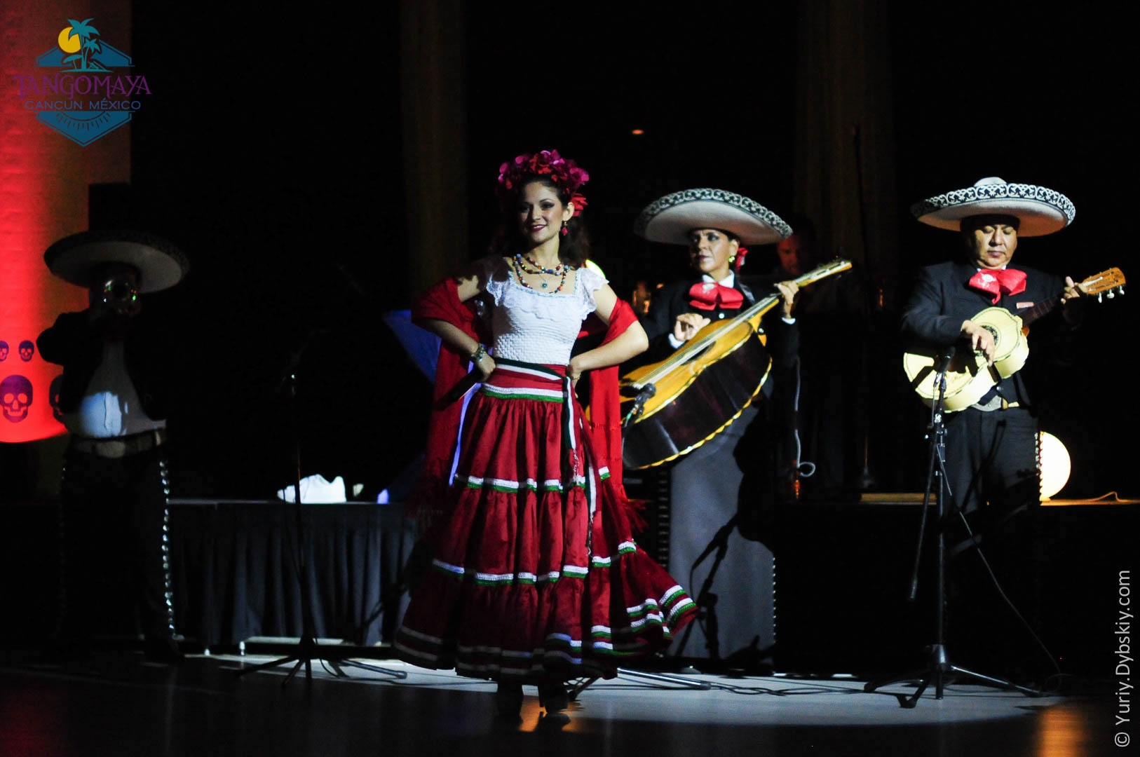 Mariachis At TMF