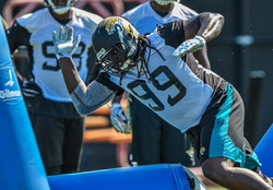 SenDerrick Marks cleared to practice