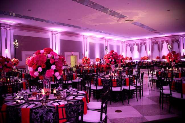 hubbard-ballroom-uplighting