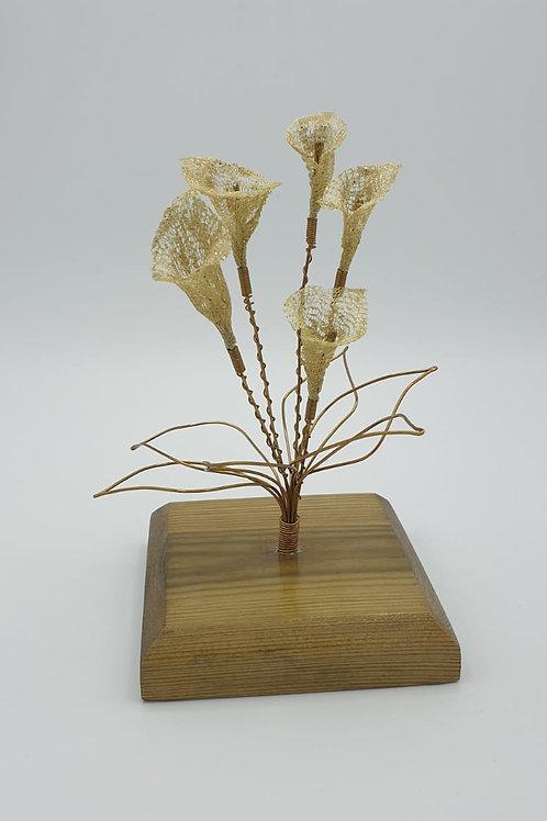 Beautiful Antique Bronze wire Calla Lily ornament sculpture