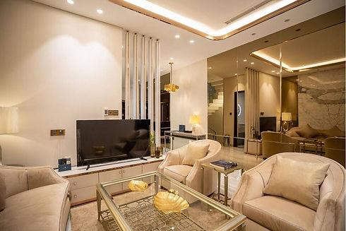 1 luxury house.JPG