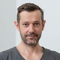 Patrick-Brunner-Praxis-Heuberg-Basel.jpg