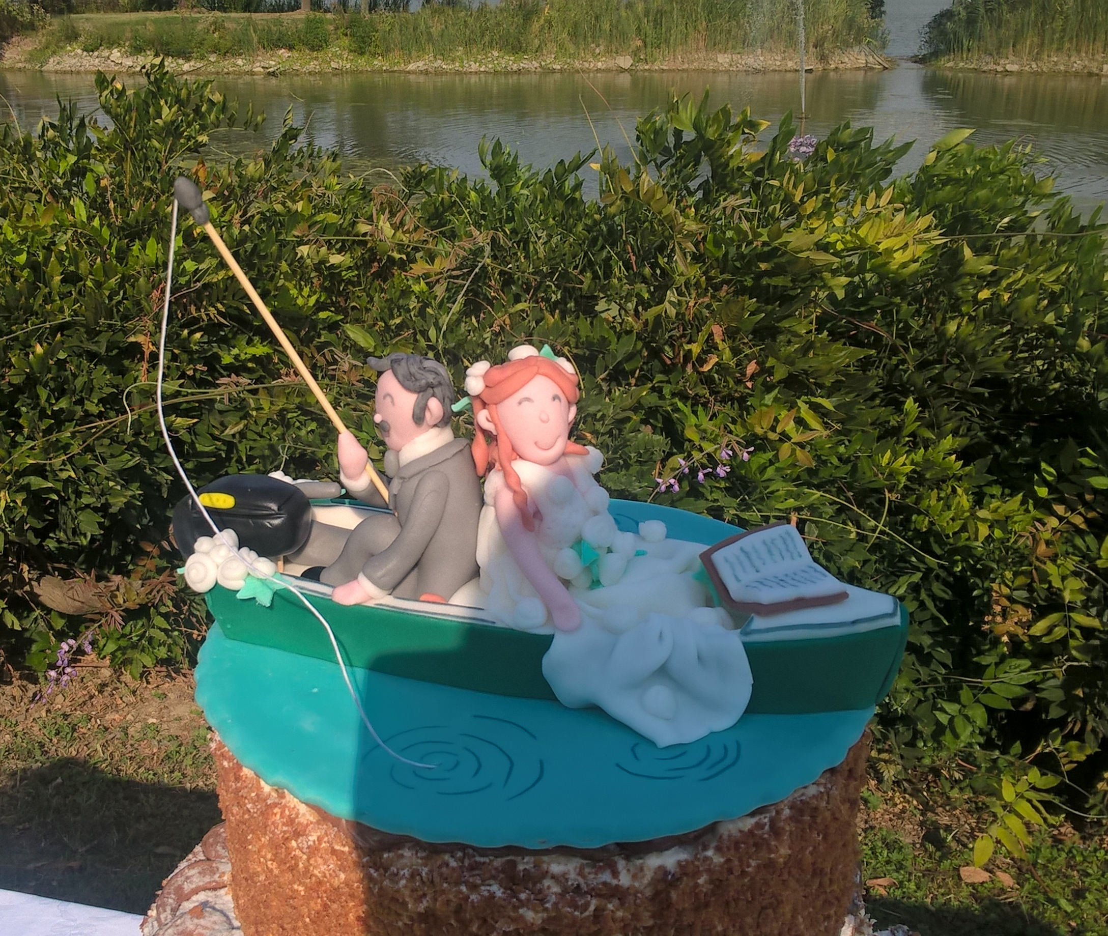 wedding river cake