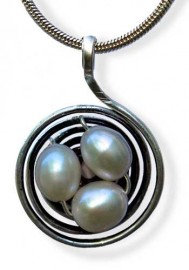 Nest Circular Silver with Pearls Earrings