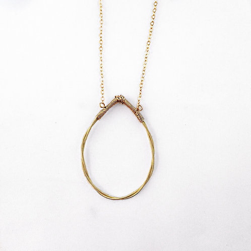 Twisted Tear Drop Necklace (Gold)