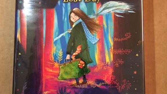 Starfell: Willow Moss and the Lost Day --   Book 1 --VALENTE