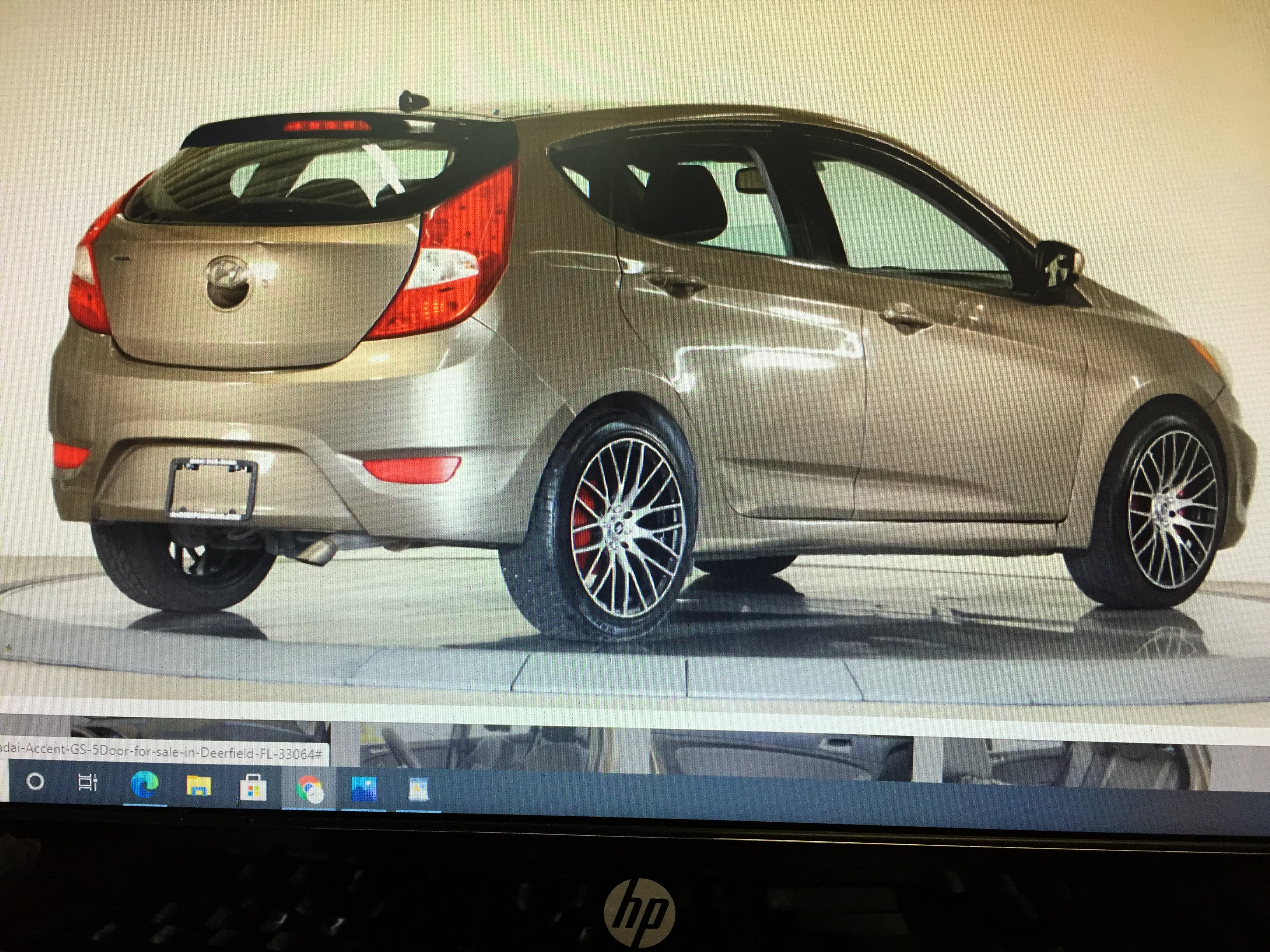 2013 Hyundai Accent GS 5 Door Retail price $4,995 internet cash Special $3,595