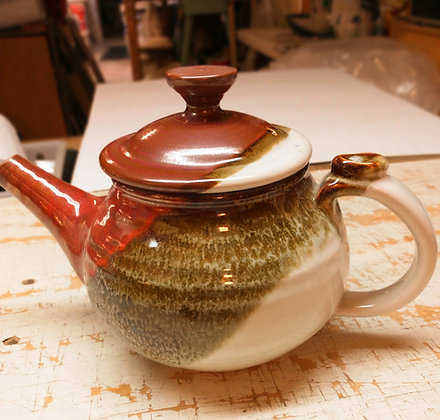 Teapot in Fay's Red Glaze