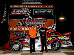 Marcoullier Nabs $10,000 Late Model Challenge Series Win