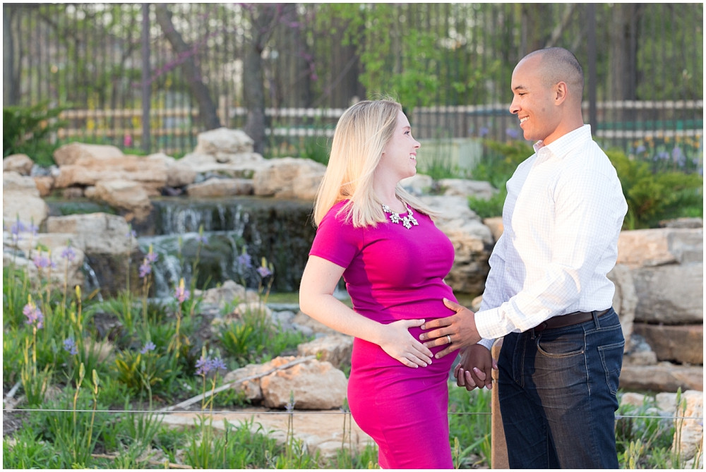 Lincoln Park Maternity Photos
