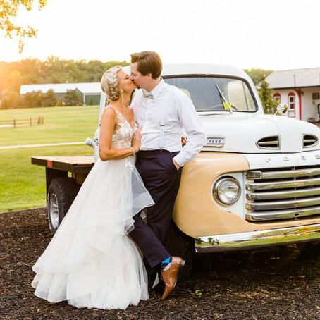 Kuiper's Family Farm Summer Wedding | Jessica & Eric