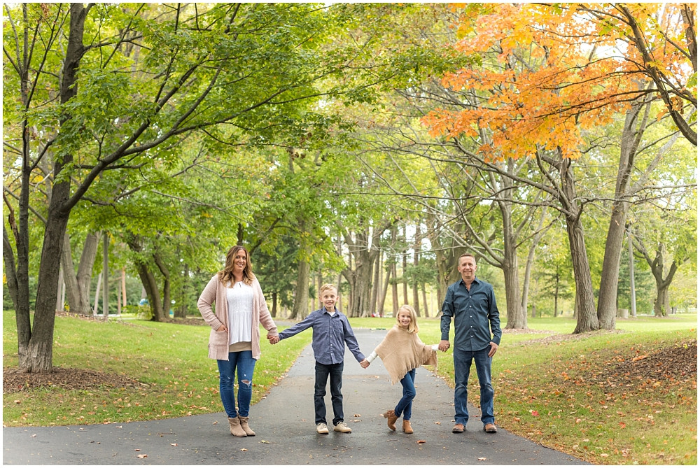 wheaton family photographer, wheaton photographer, seven gables park