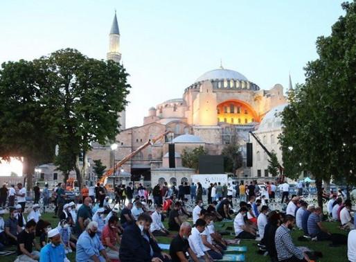 H Συμμαχία Πολιτών για τη μετατροπή της Αγιάς Σοφιάς σε τζαμί