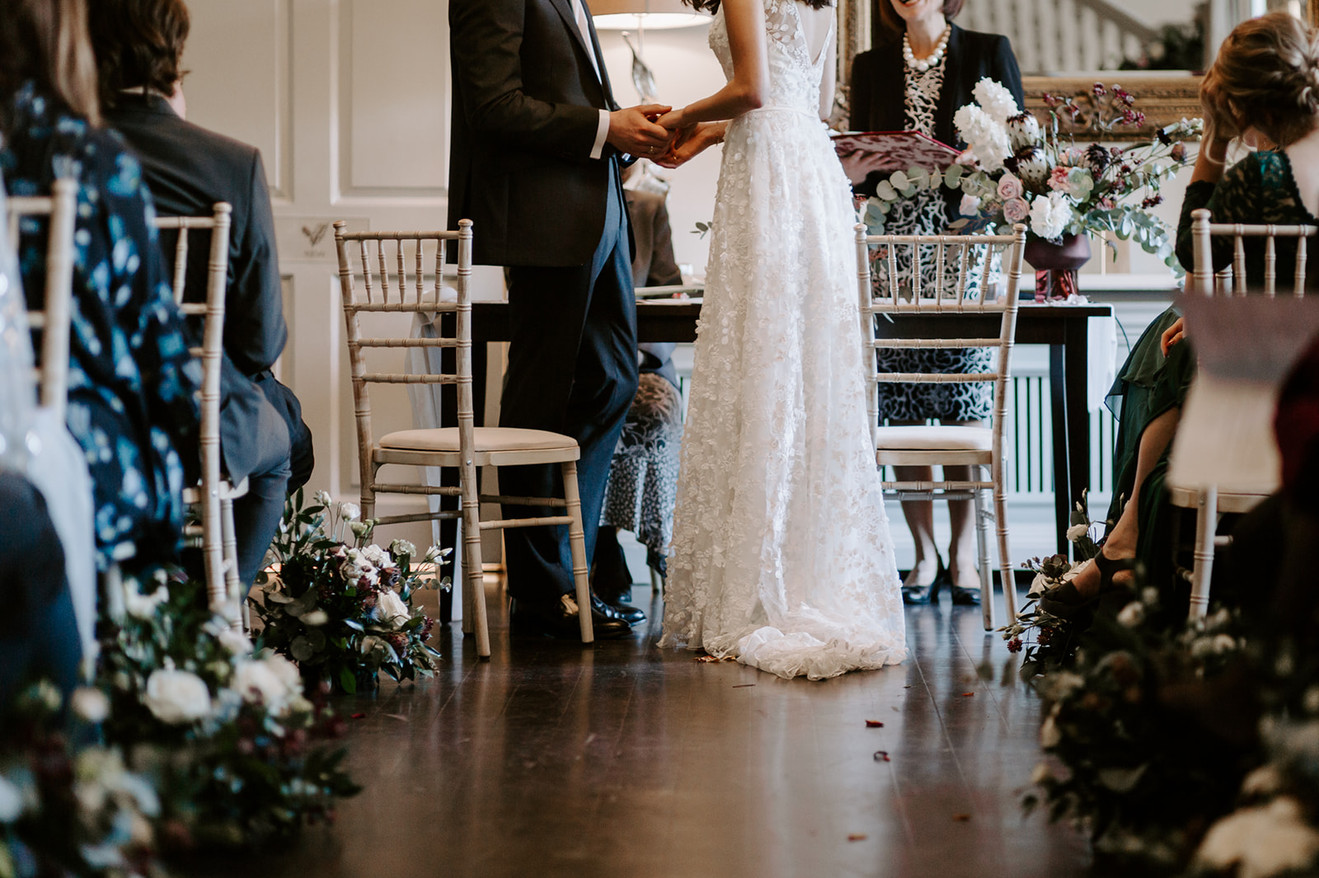 wedding aisle flowers.JPG