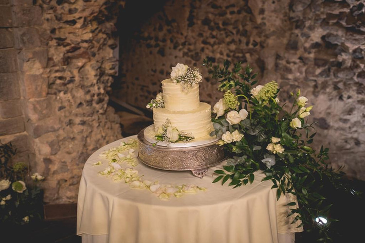 Essex wedding cake.JPG
