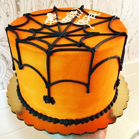 Halloween web cake