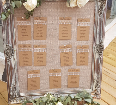 Amy - Table plan with lace detail