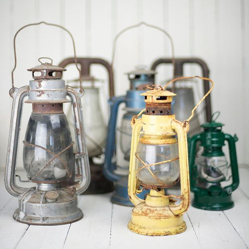 'Hale' - Vintage Rustic Kerosine Lamps