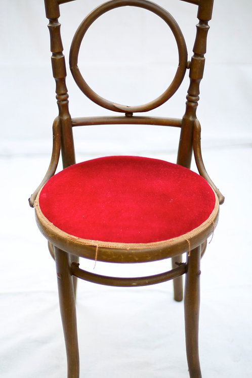 'Lulu' - Red Velvet Vintage Chair