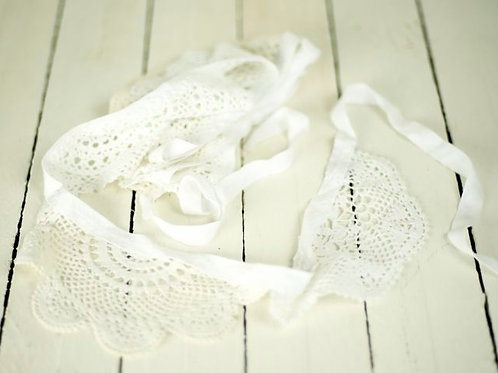 'Iva' Ivory Vintage Doily Bunting 2.5 Metres