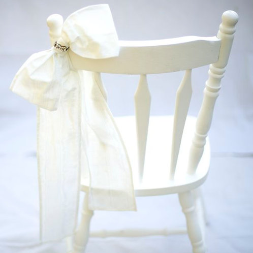 'Marilyn' - Ivory Silk & Diamante Chair Bow