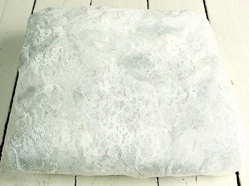 'Evelynn' Lace Vintage Tablecloth
