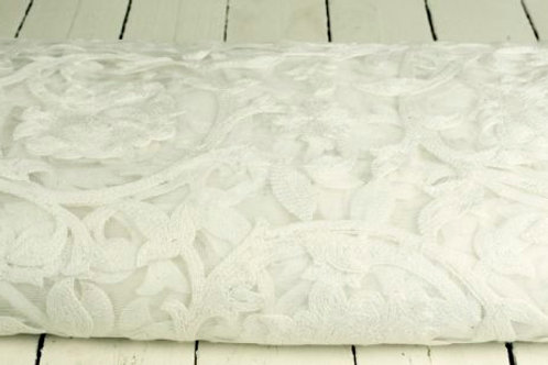 'Toille' - Vintage Embroidered Lace Aisle Runner