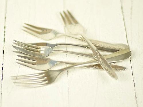 'Silver Vintage' - Polished Silver Cake Forks