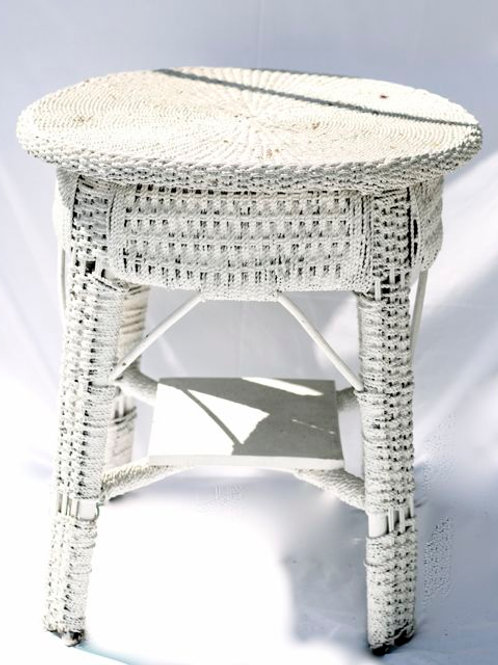 'Table Arresto' - White Vintage Cane Table