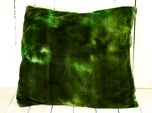 'Fern' - Emerald Green Velvet Cushion