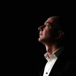 亚马逊CEO贝佐斯卸任那天,我们扒出了他的前世今生.....