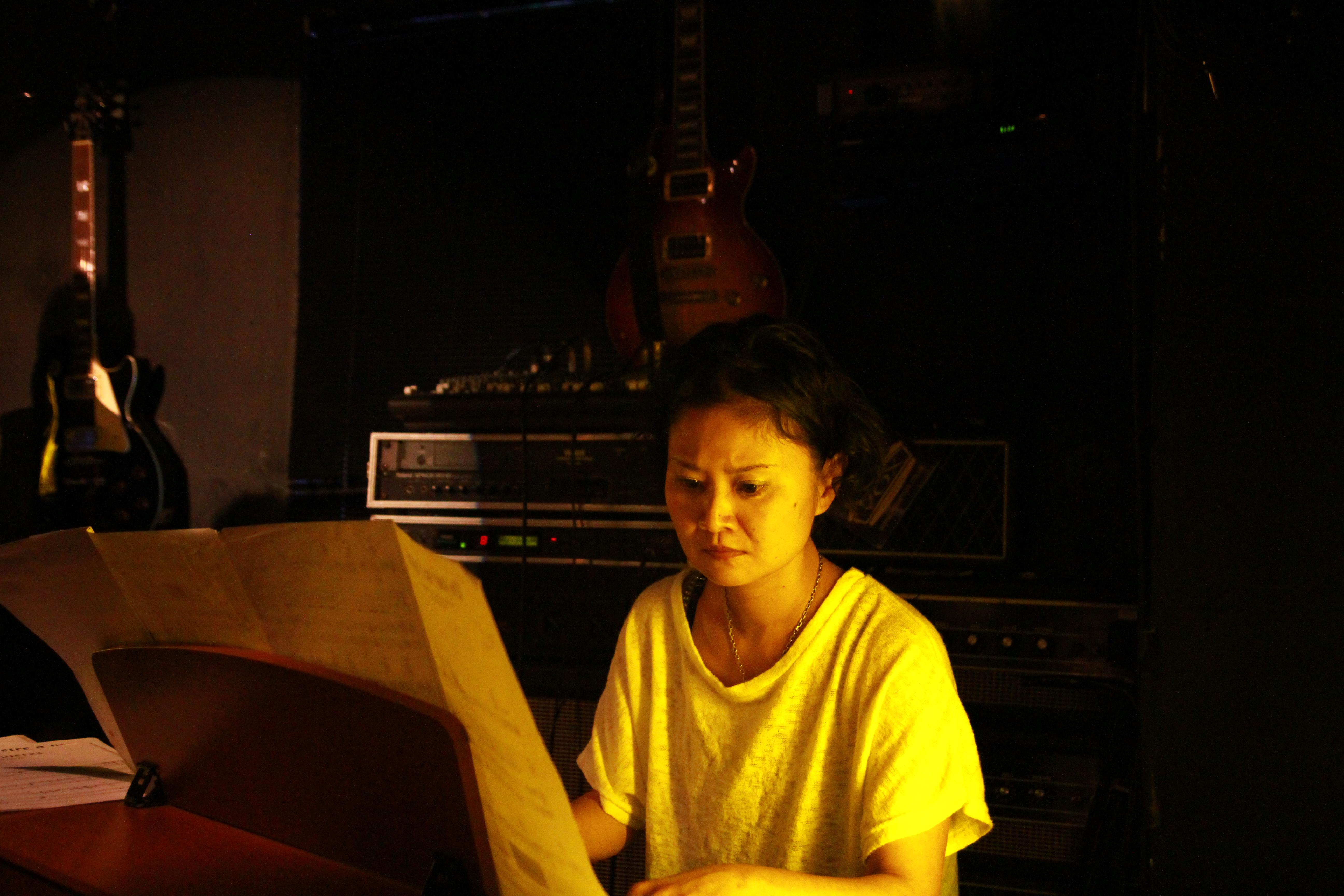 CHANSON ROCK - ピアノ:中村由香