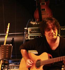 CHANSON ROCK ギター:J
