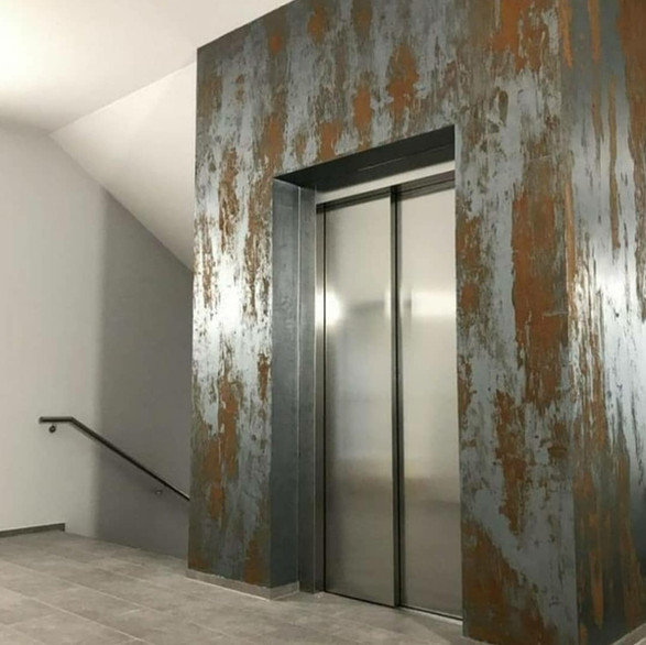 Rusted effect elevator