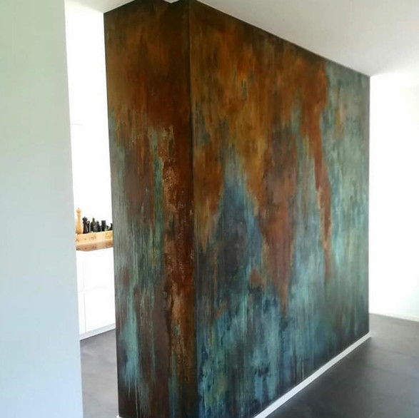 Oxidation feature wall