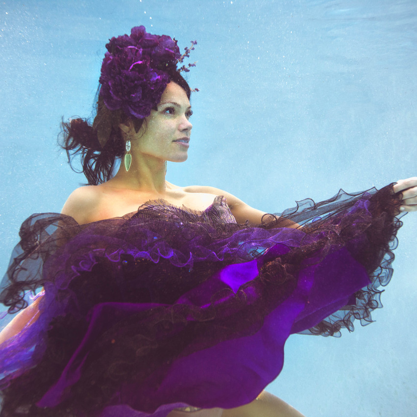 Underwater with Lilah Bazarte