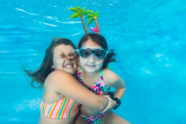 BCC Underwater Photo Booth-3.jpg