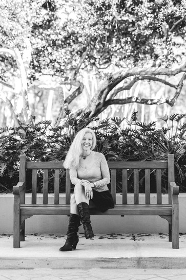 Kristen Liegmann-2_edited.jpg
