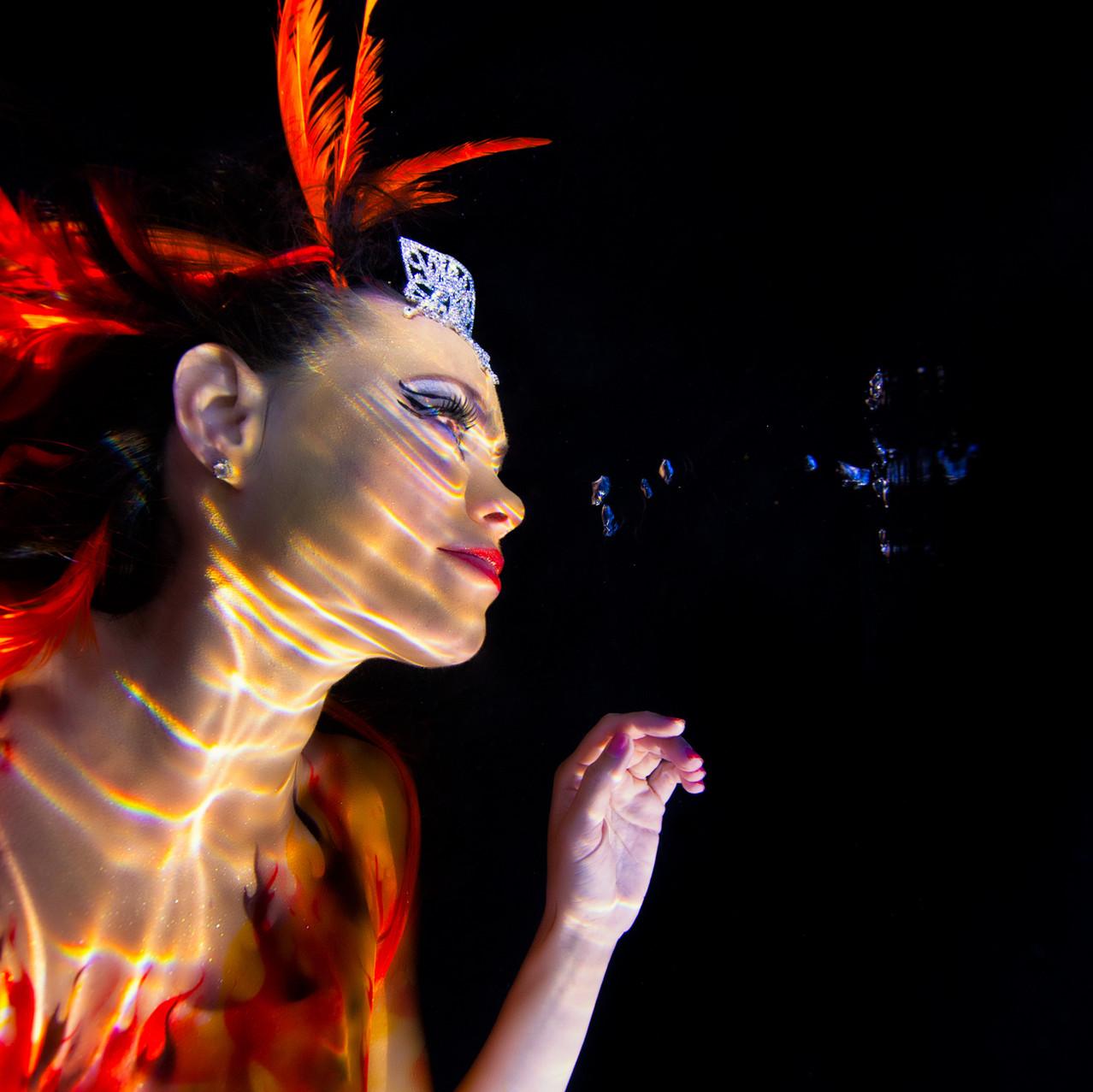 Underwater Body Painting Photo Shoot