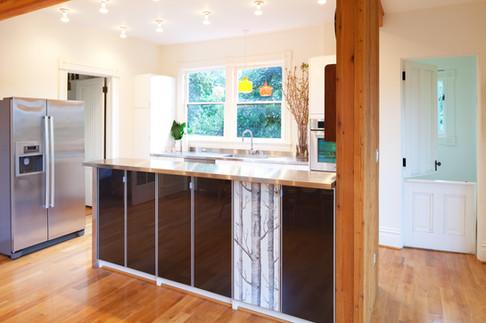 Vanillawood-Design-Build-Victorian-Rule-Breaker