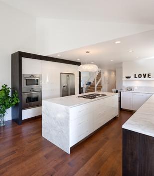 Vanillawood-Design-Build-Luxurious-Minimalism