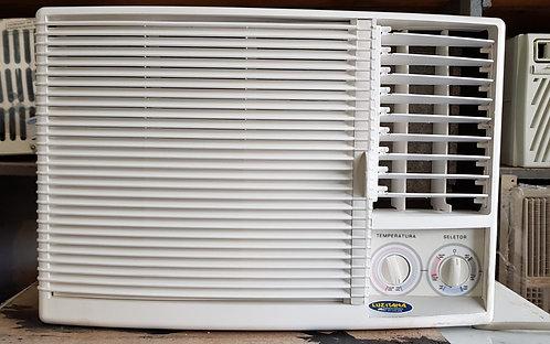 Elgin 7500 BTUs (quente e frio)