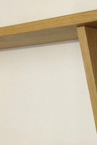 Oak veneer shelf & brackets