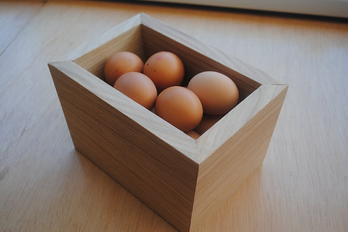 Oak veneer egg holder