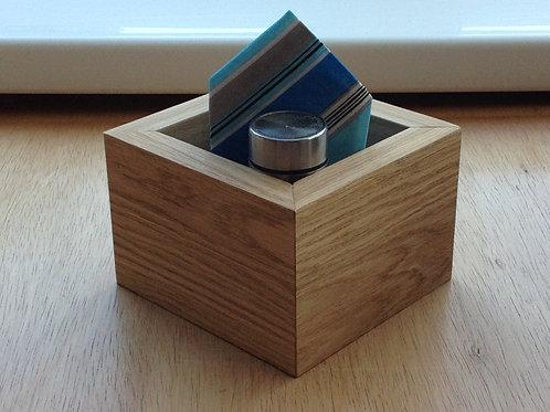 Oak veneer condiment holder