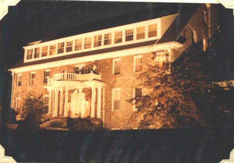 House 1982.jpg