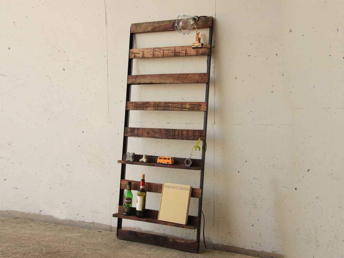 解体材と鉄のラダーラック