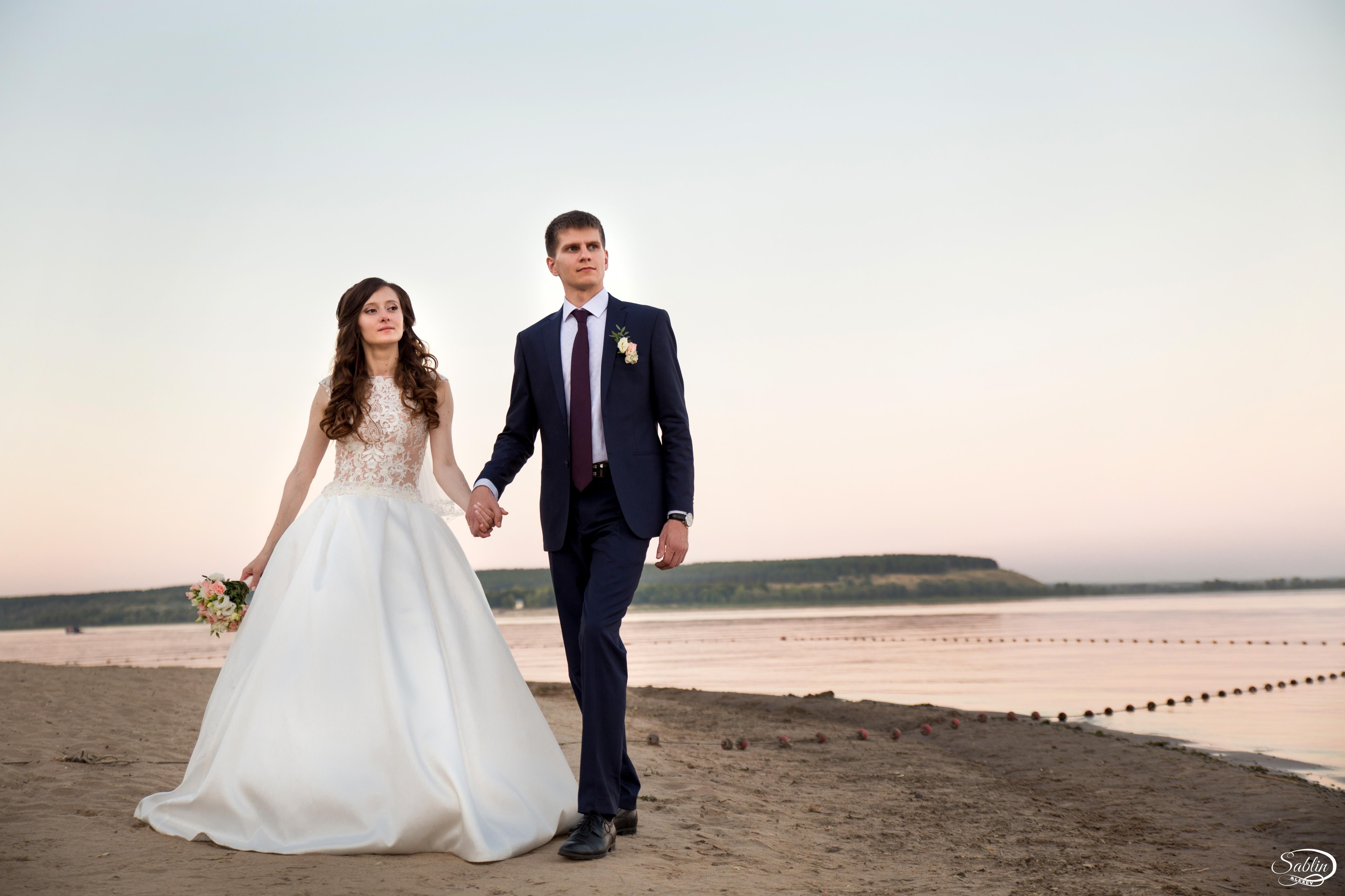 свадебные фотографы саратова затягивает ветер